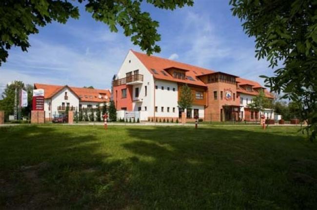 DIAMANT HOTEL SZIGETKÖZ****superior Conference, Spa  & Family  Resort, Dunakiliti
