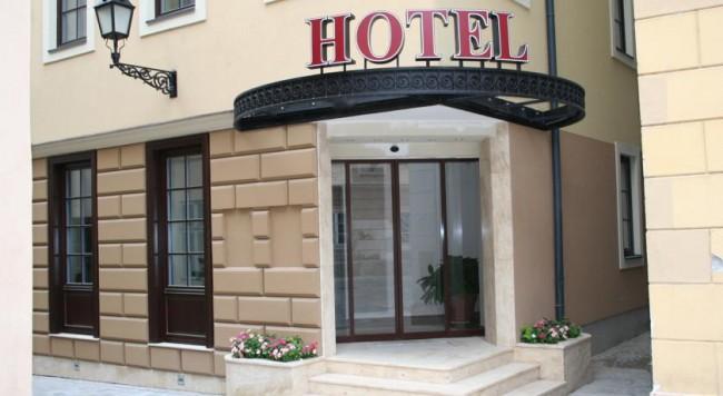 Hotel Capitulum, Győr