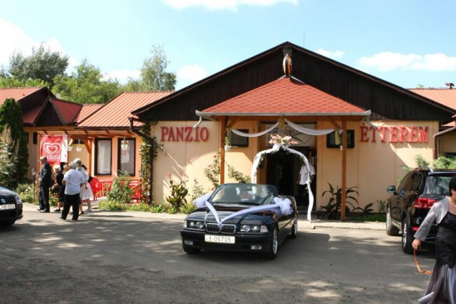 SZTÁR Motel és Étterem, Balassagyarmat