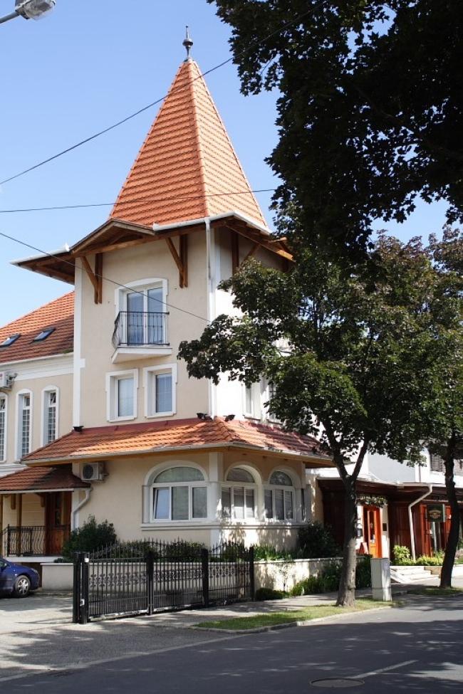 Platán Hotel Restaurant & Café, Sárvár