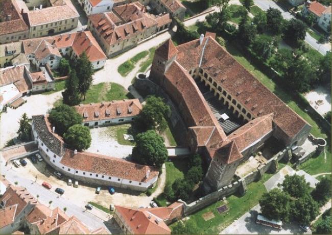 Jurisics-vár Művelődési Központ és Várszínház, Kőszeg
