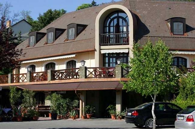 Adler Hotel & Restaurant, Tihany