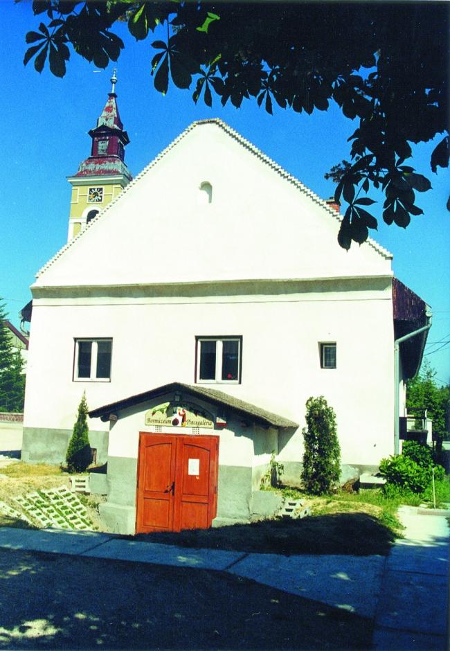 Ezerjó Bormúzeum és Pincegaléria, Balatonkenese