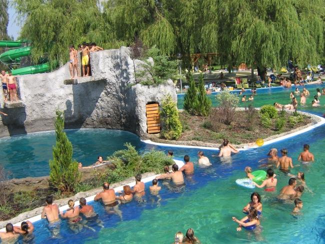 Virágfürdő - Kaposvári Uszoda, Gyógy- és Élményfürdő, Kaposvár