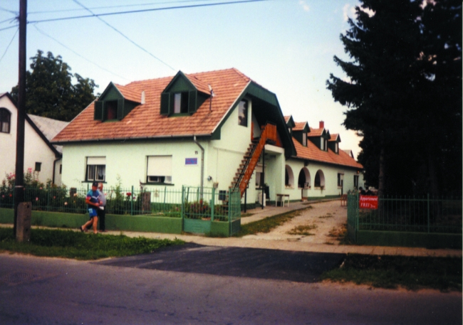 Zelei Vendégház és Étterem, Balatonszárszó