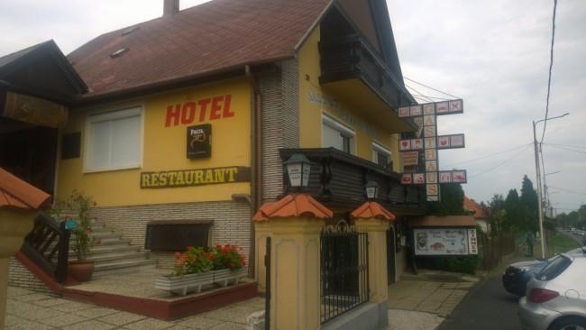Fekete Macska Panzió Étterem, Balatonkeresztúr