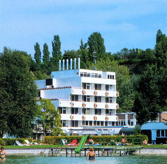 Hotel Három Hattyú***, Balatonföldvár