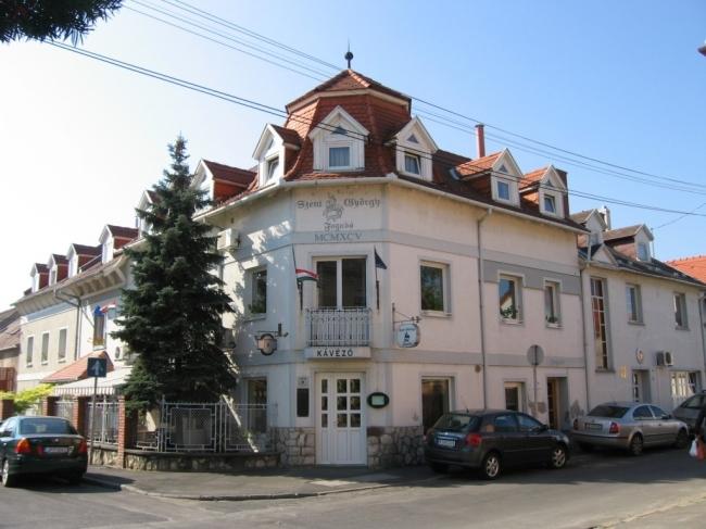 Szent György Fogadó Étterem, Pécs