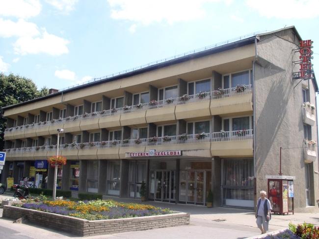 Hotel Dombóvár, Dombóvár