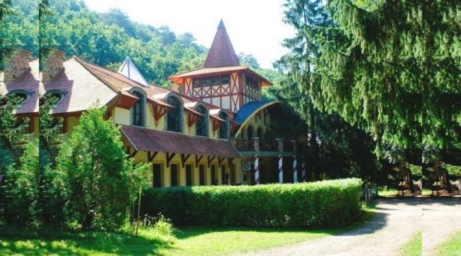 Fatornyos Fogadó és Erdei Hotel, Szokolya