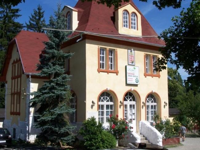 Kisinóci Turistaház és Camping, Kóspallag