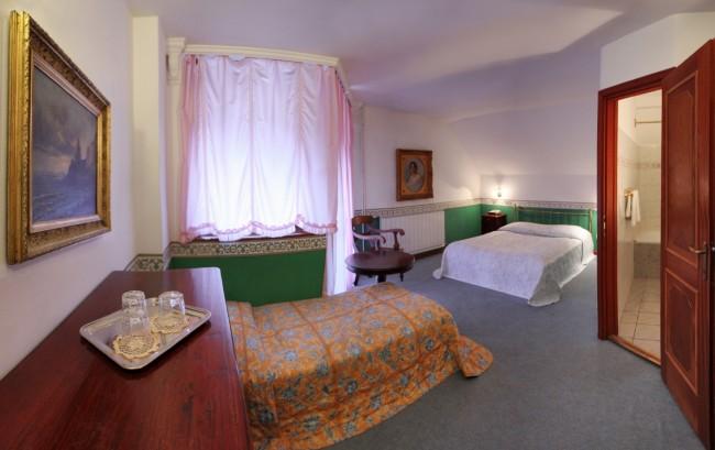 Hotel*** Panzió 100, Szentendre