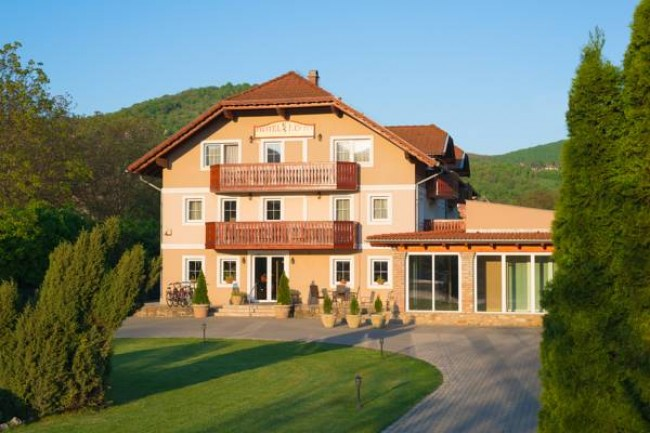 Hotel Honti - Kék Duna Kemping, Visegrád