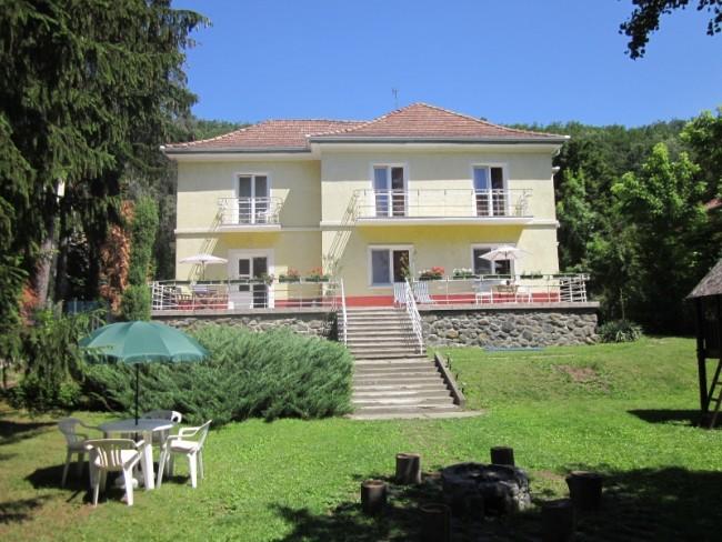 Boróka Mini Hotel, Parád (Parádfürdő)