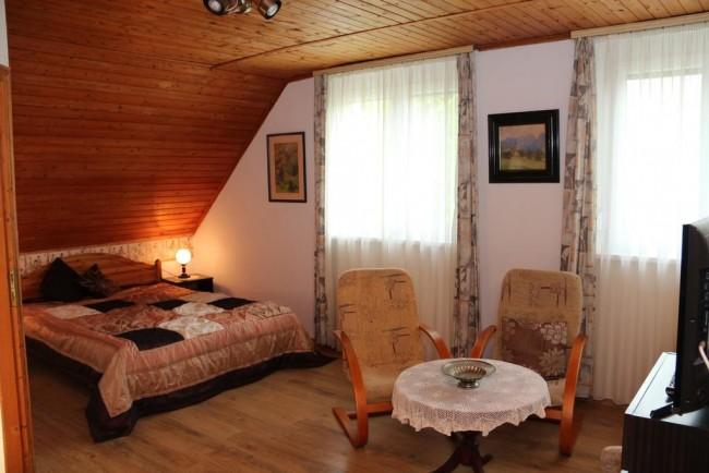 Bacchus Guesthouse, Eger