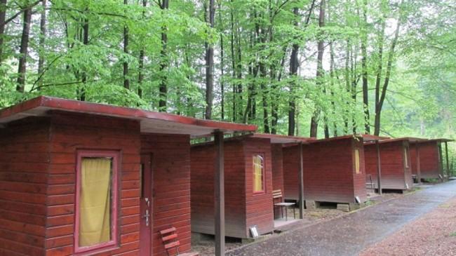Hollóstetői Hegyi Camping, Bükkszentkereszt (Hollóstető)