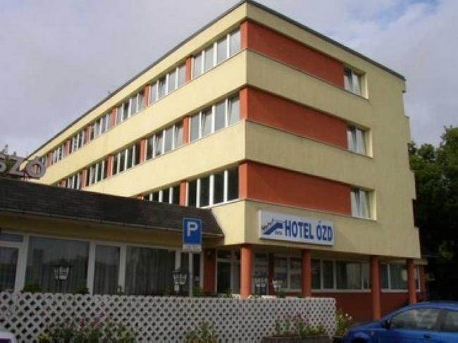Hotel  Ózd  Szálloda, Étterem, Kávézó, Ózd