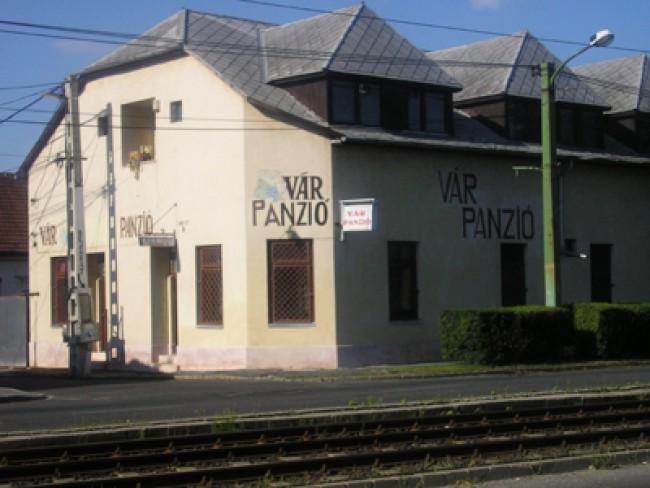 Vár Panzió, Miskolc
