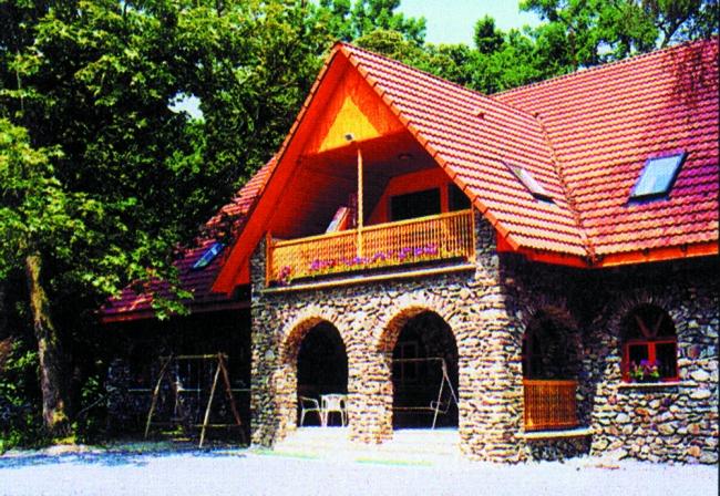 Múzeumkert Vendéglő és Panzió, Sátoraljaújhely (Széphalom)