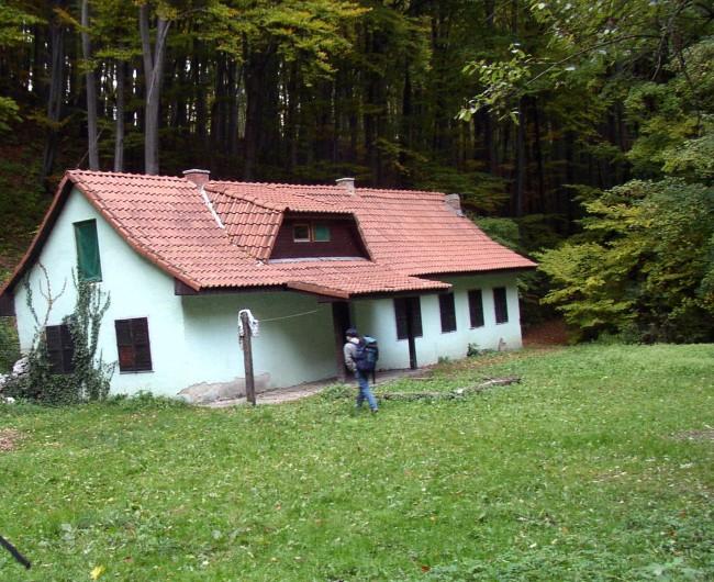 Farkasgödör Kulcsosház, Mályinka