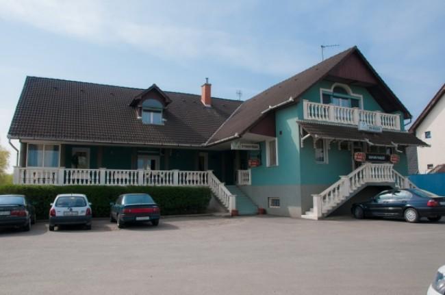 Safari Panzió, Nyíregyháza (Oros)