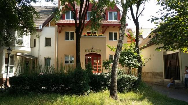 Stop Panzió, Debrecen