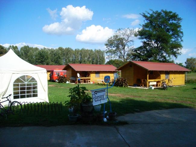 Horgász és Családi Camping, Panzió és Étterem, Tiszafüred