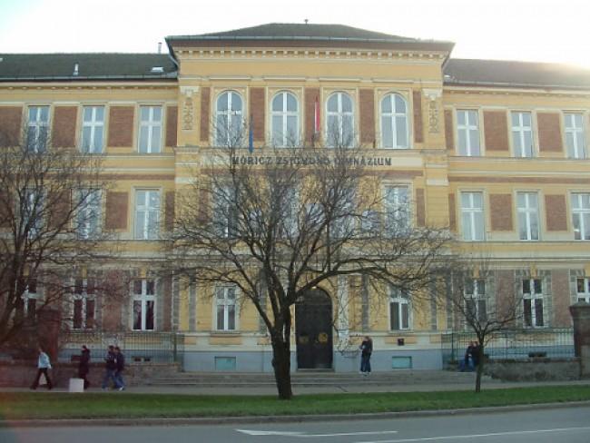 Móricz Zsigmond Gimnázium Kollégiuma, Kisújszállás