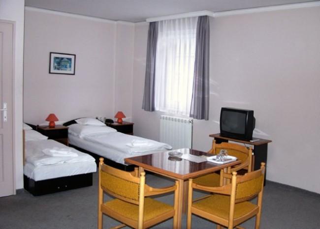 Apolló Hotel, Kecskemét