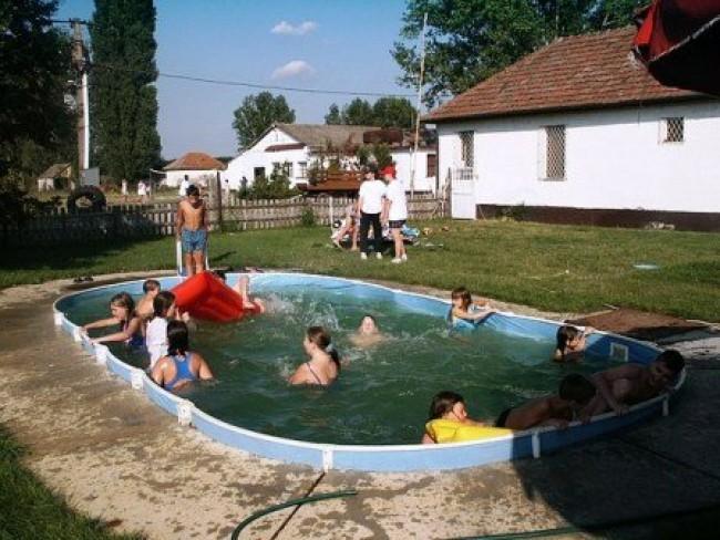 Gyermeküdülő és Turistaszálló, Kunbaracs