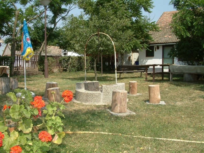Kun Tanyasi Turizmus, Mártély