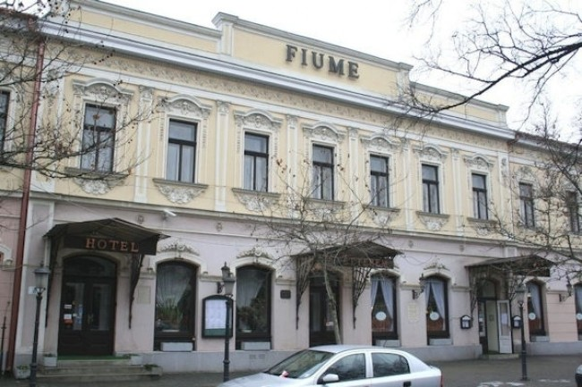 Fiume Hotel és Étterem, Békéscsaba
