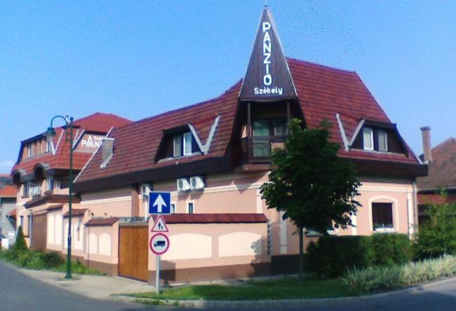 Székely Panzió, Gyula