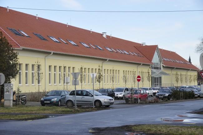 Gyulai Szakképzési Centrum Harruckern János Szakgimnáziuma, Szakközépiskolája, Szakiskolája és Kollégiuma - Leánykollégium, Gyula