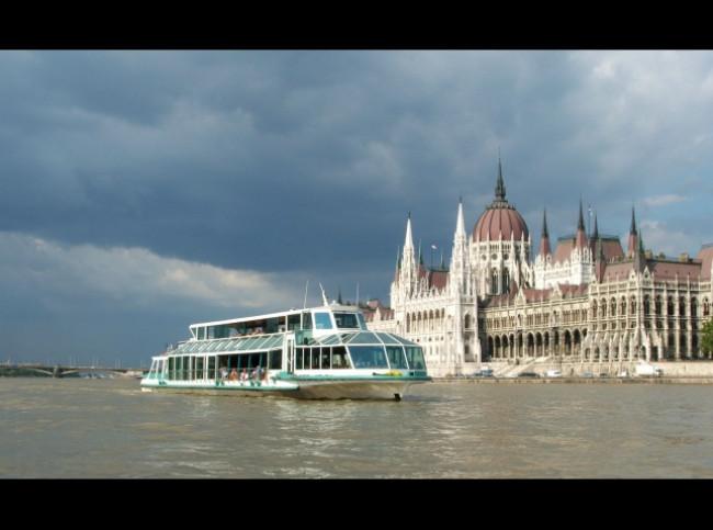 Budapesti Hajós Városnézés, BUDAPEST (V. kerület)