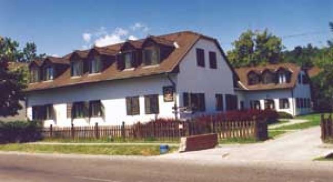 Zselici Mezőgazdasági Zrt Vendégháza - Szenna Panzió, Szenna