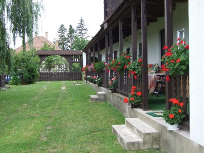 Horváth Kulcsosház, Diósjenő