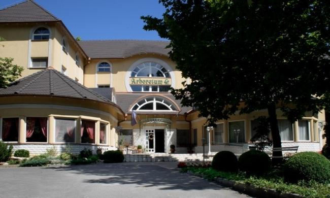 Hotel Arborétum***, Harkány