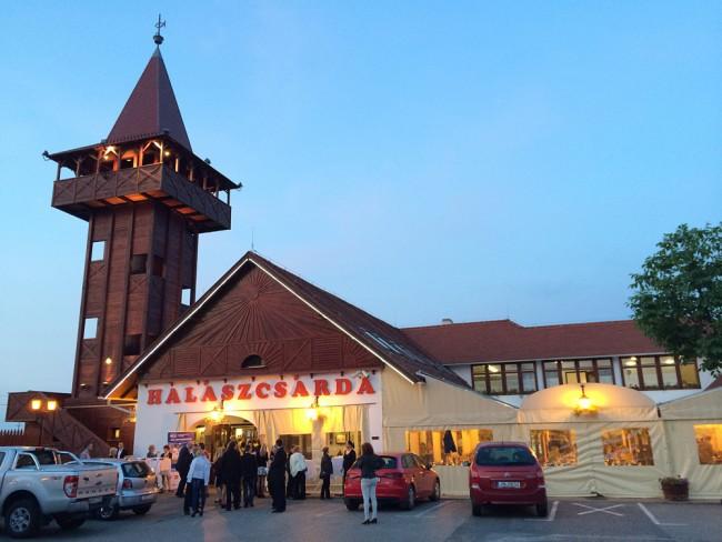 Fehértói Halászcsárda<br/>és Panzió                                                                                                                   , Szeged