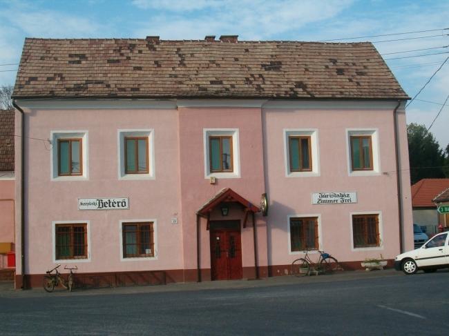 Turistaház                                                                                                                                            , Mikosszéplak