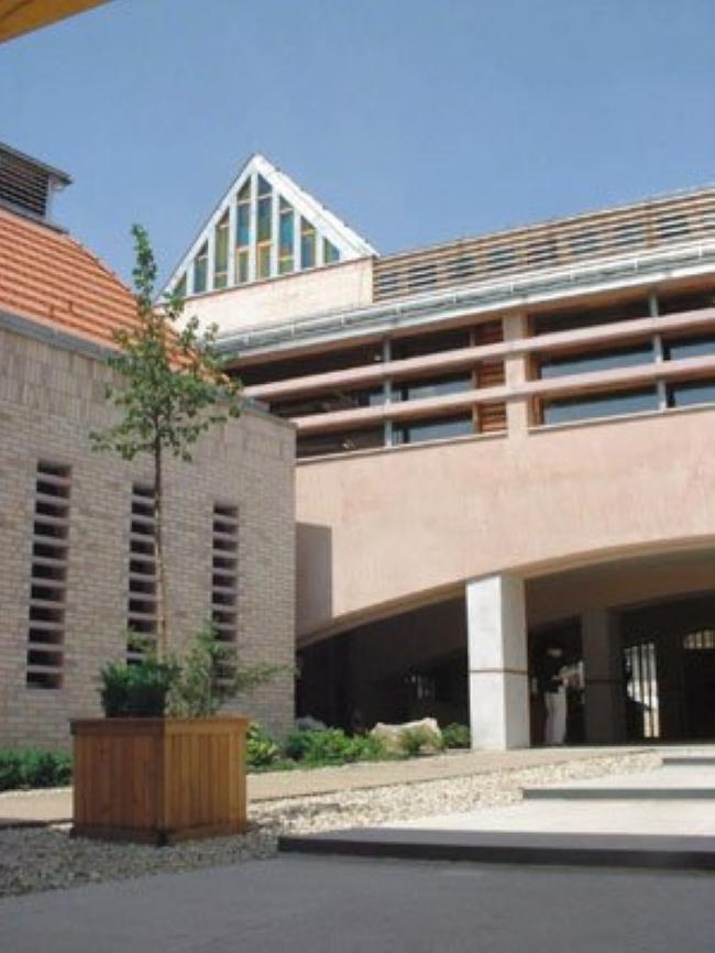 Gödöllői Városi Könyvtár és Információs Központ                                                                                                       , Gödöllő