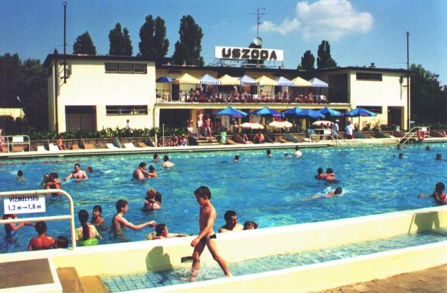 Győri Idényfürdő - Uszoda                                                                                                                             , Győr