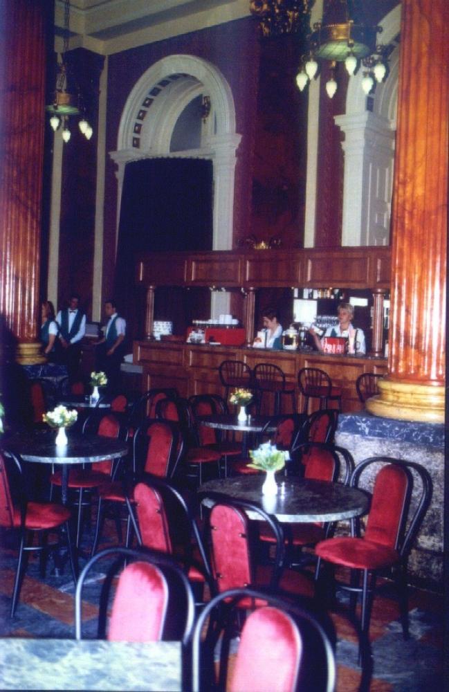 Baross Étterem                                                                                                                                        , BUDAPEST (VIII. kerület)