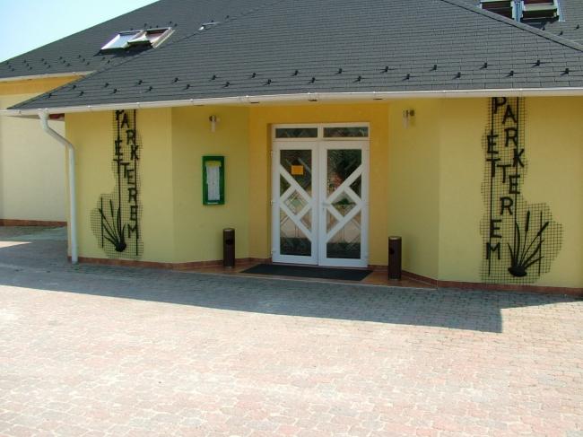 WF Szabadidő Park és Kemping, Komárom (Szőny)