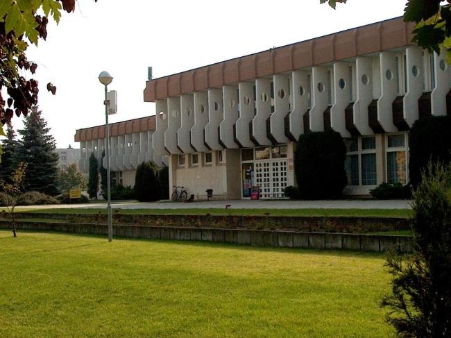 Flesch Károly Kulturális Központ<br/>Fehér Ló Közösségi Ház (Tagintézmény)                                                                            , Mosonmagyaróvár