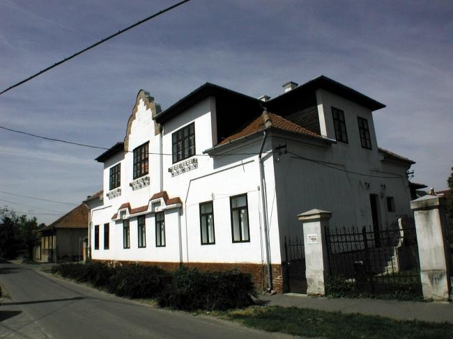 Városi Képtár                                                                                                                                         , Gyula