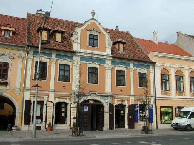 Soproni Képzőművészeti Társaság /Várkerület Galéria/, Sopron