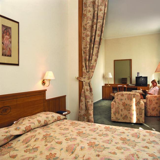 Hunguest Hotel Millennium***<sup>superior</sup>, BUDAPEST (VIII. kerület)