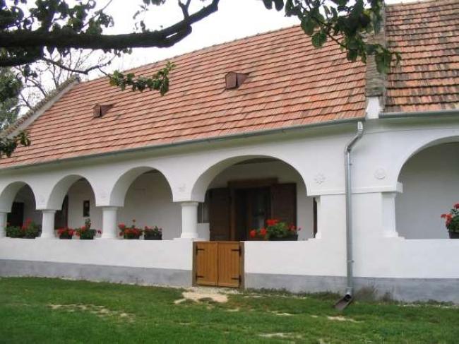 Forrai Vendégház, Magyarpolány