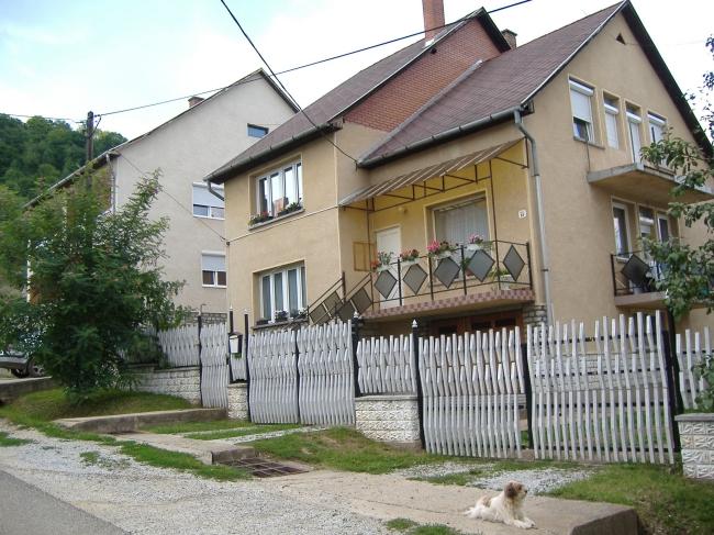 Lila Akác Vendégház, Perkupa
